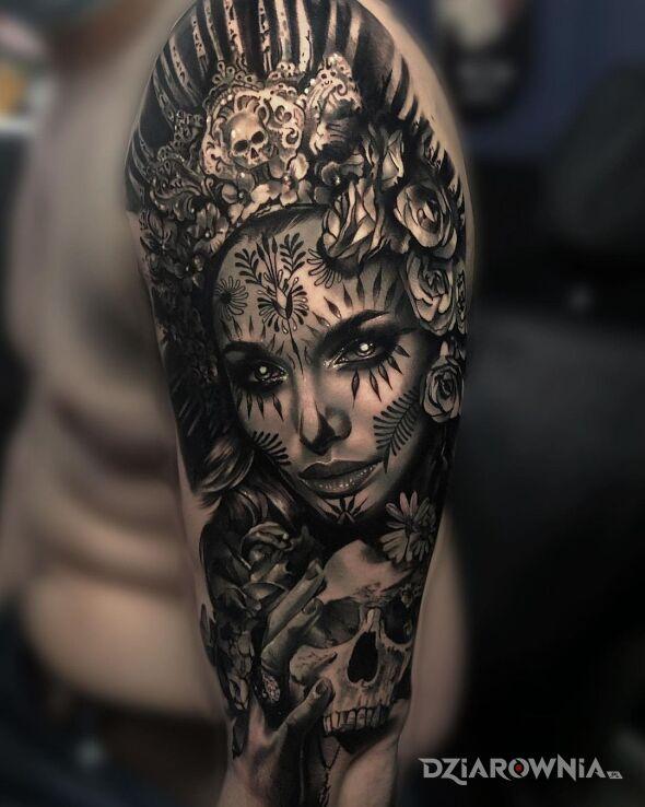 Tatuaż szamanka w motywie twarze i stylu realistyczne na ramieniu