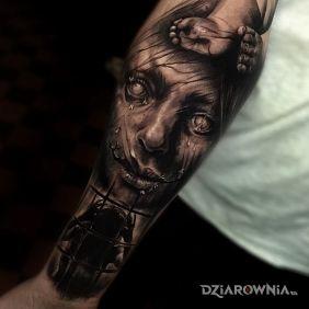 Straszny tatuaż