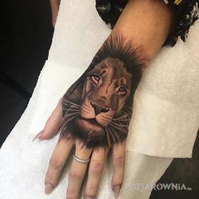 Tatuaże Na Dłoni Wzory I Galeria Strona 7 Dziarowniapl
