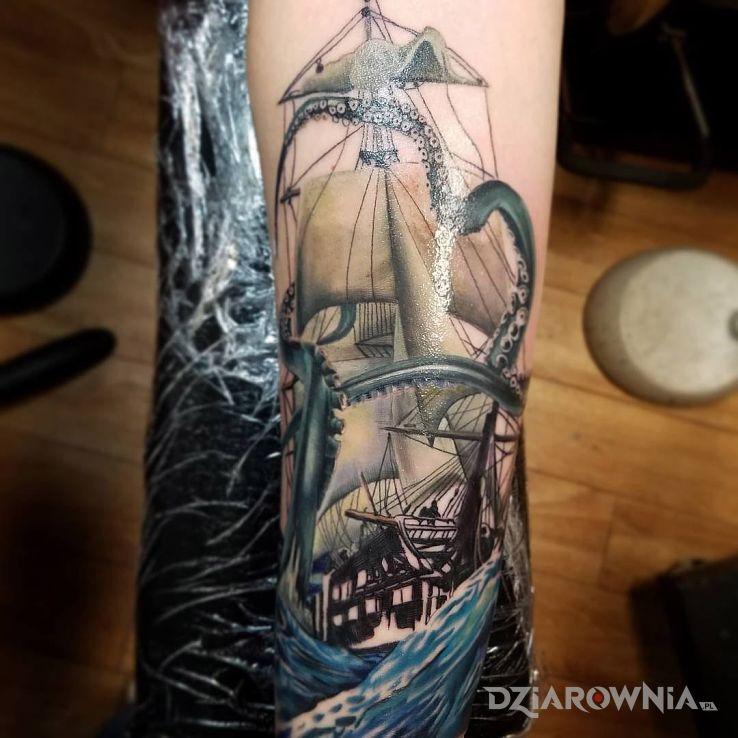 Tatuaż kraken - realistyczne
