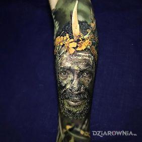 Tatuaże realistyczne, realistyczny portret buszmena, dziara dla mężczyzn