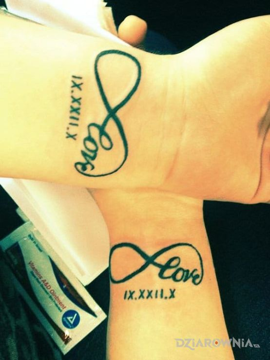 Tatuaż Nieskonczonosc Autor Sylwusia Dziarowniapl