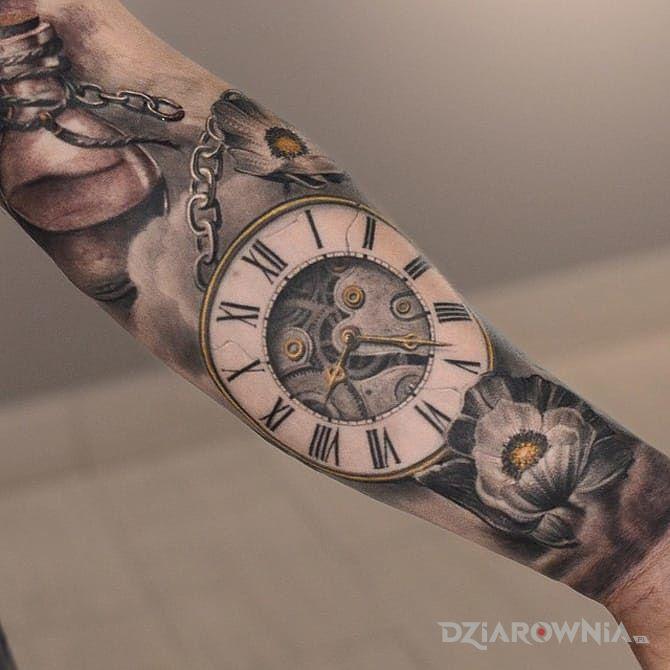 Tatuaż zegarek kieszonkowy - realistyczne