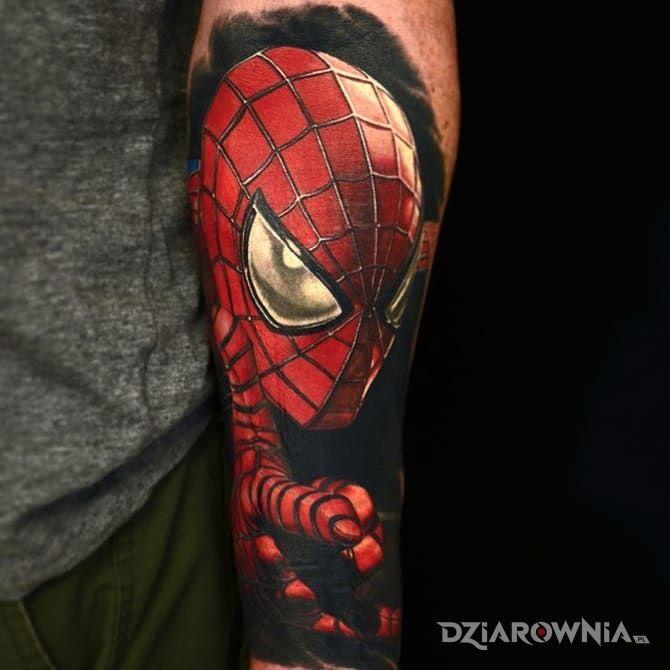 Tatuaż spider-man w motywie 3D na przedramieniu