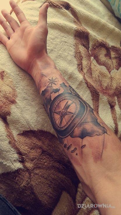 Tatuaż Kompas Z Mapą Autor Michał Zaworski Dziarowniapl