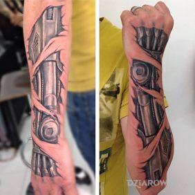 Tatuaże realistyczne, cyborg, dziara dla mężczyzn