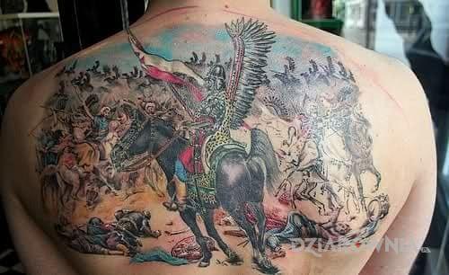 Tatuaż husaria w akcji - patriotyczne