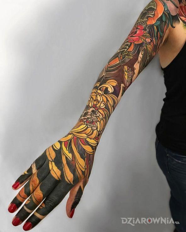 Tatuaż Rękaw W Kwiaty Autor Wazka Dziarowniapl