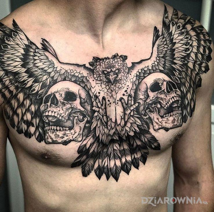 Tatuaż chyba orzeł w motywie zwierzęta na klatce