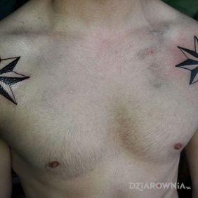 Tatuaże gwiazdy, gwiazdy, dziara dla mężczyzn