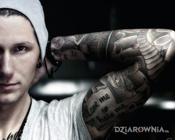Tatuaż Love Hate Autor King Nos Dziarowniapl