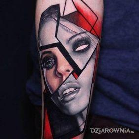 Tatuaże 3D, pocięta twarz, dziara dla mężczyzn