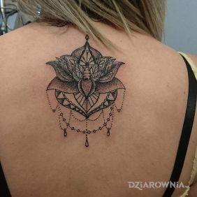 Tatuaże Na Plecach Wzory I Galeria Strona 9 Dziarowniapl