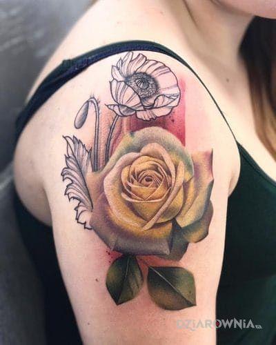 Tatuaż żółta róża - kwiaty