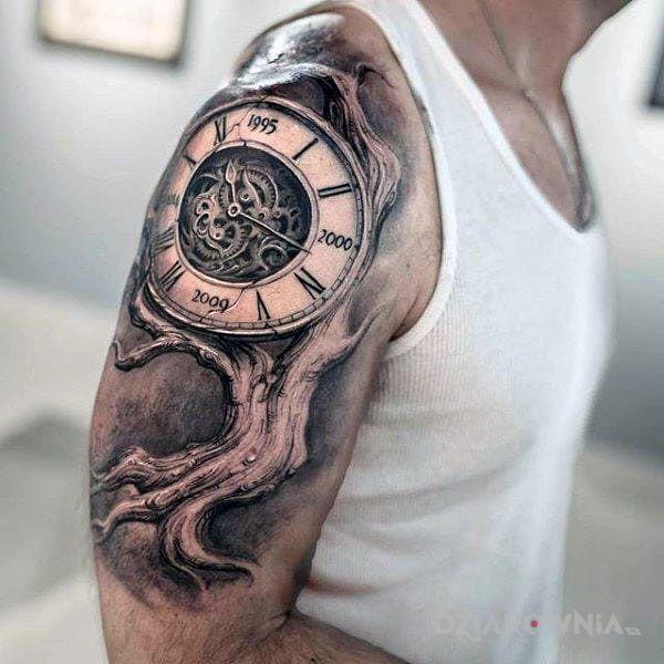 Tatuaż Zegar Drzewny Autor Fruito Dziarowniapl