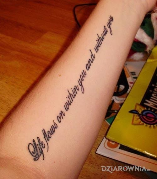 Tatuaż Sentencja Po Angielsku Autor Podoshka Dziarowniapl
