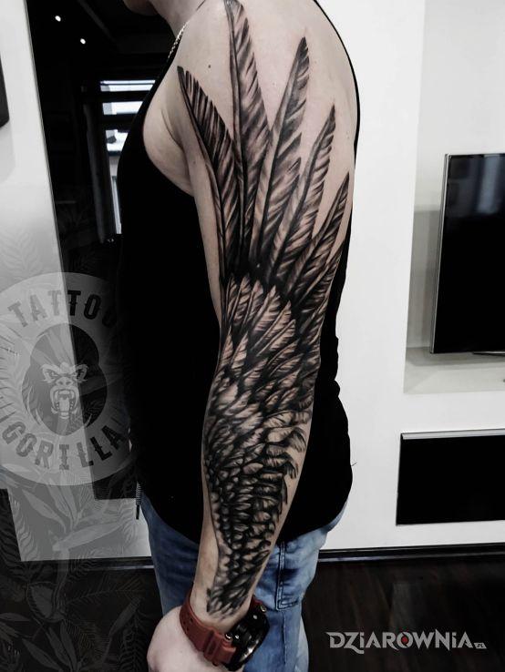 Tatuaż Skrzydło Studio Studio Tatuażu Gorilla Dziarowniapl