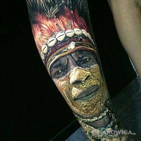 Plemienna twarz
