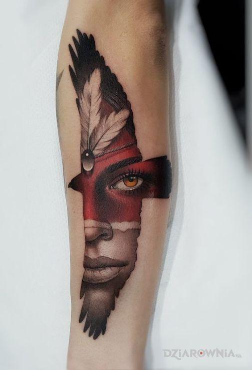 Tatuaż twarz w ptaku - kolorowe