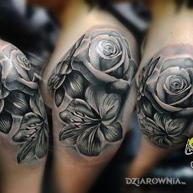 Tatuaże Kwiaty Wzory I Galeria Strona 15 Dziarowniapl