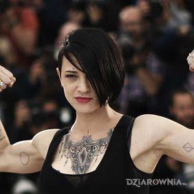 Asia Argento - tatuaże
