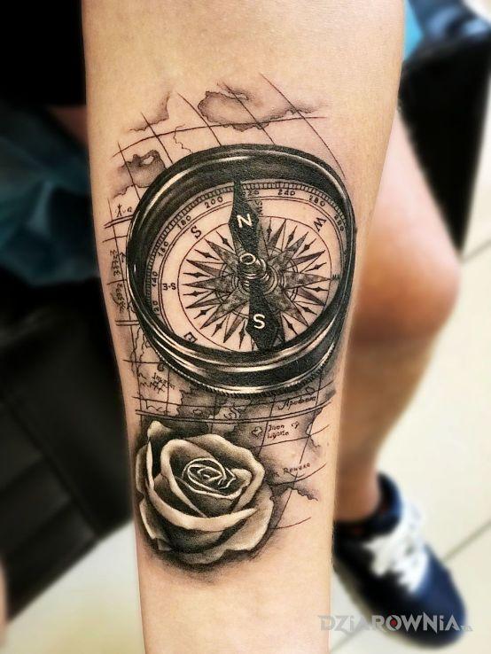 Tatuaż Kompas Mapa Autor Bghtattoostudio Dziarowniapl