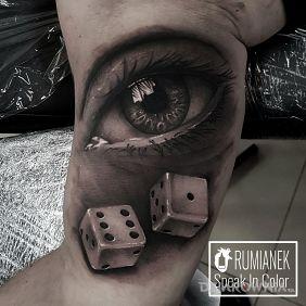 Tatuaże przedmioty, oko, dziara dla mężczyzn