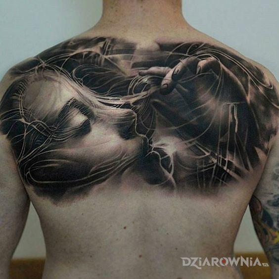 Tatuaż zaplątana - twarze