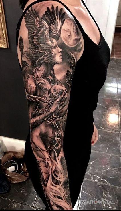 Tatuaże 3D, skrzydlata głowa, dziara dla mężczyzn