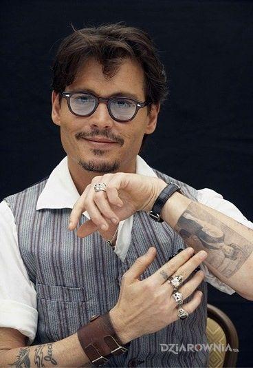 Tatuaż Johnny Depp Tatuaż Kobieta Na Ramieniu Autor
