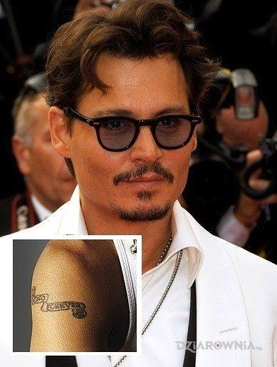 Tatuaż johnny depp - tatuaż napis - sławnych osób