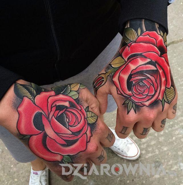 Dwie czerwone róże