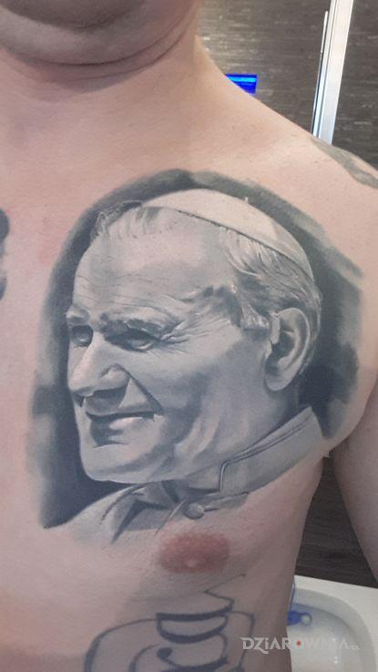 Tatuaż jan pawel 2 - realistyczne