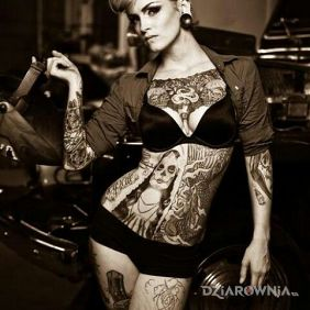 Tatuaże seksowne, pin up, dziara dla kobiet