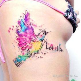 Tatuaże napisy, let it be, dziara dla kobiet