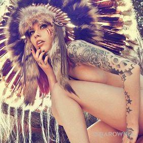 Tatuaże seksowne, piękna indianka, dziara dla kobiet