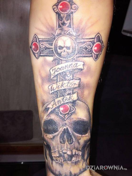 Tatuaż Czach I Krzyż Autor Sebastian Wywiórka Dziarowniapl