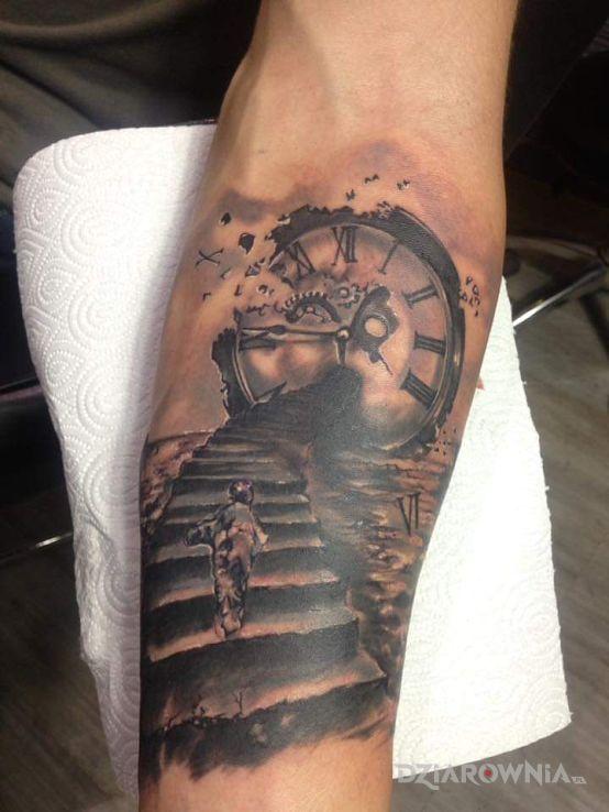 Tatuaż Zegar I Schody Autor Marcin Marcin Dziarowniapl