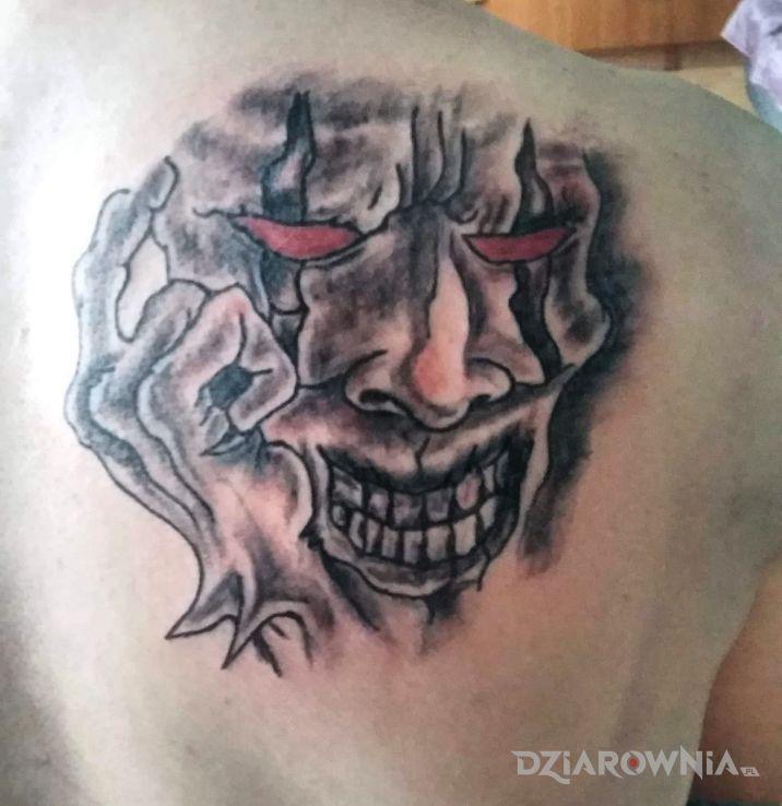 Tatuaż maska - demony