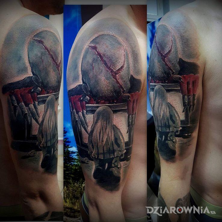 Tatuaż look see - realistyczne