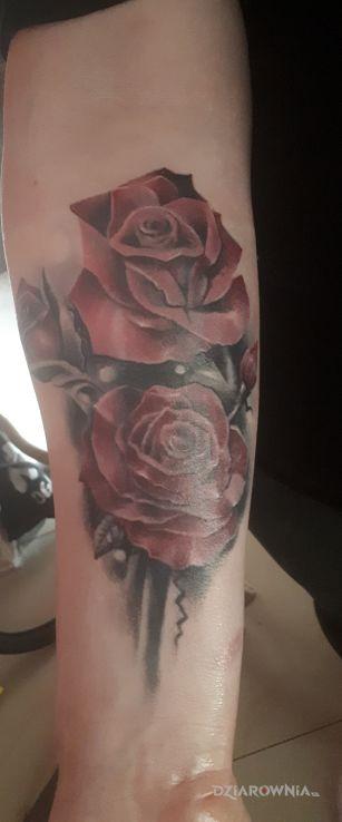Tatuaż różyczki - 3D