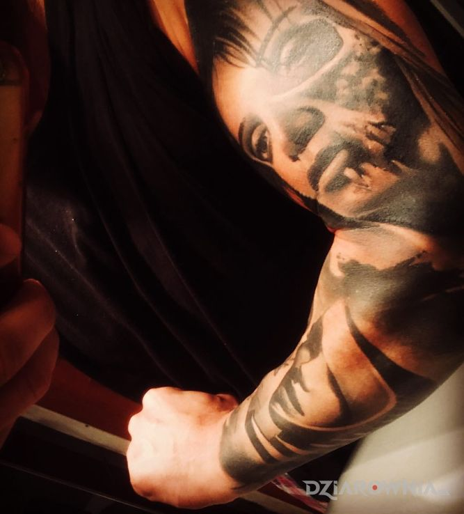 Tatuaż rekaw - twarze