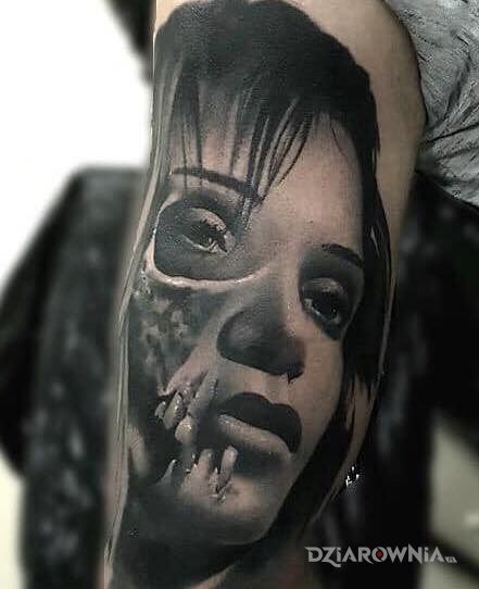 Tatuaż ramie - pozostałe