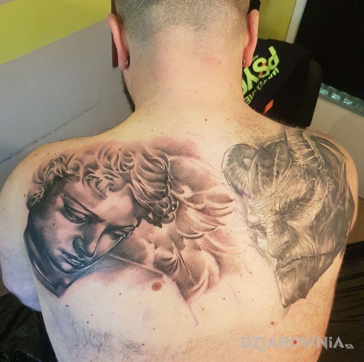 Tatuaż Anioł I Szatan Autor Kamilje Dziarowniapl