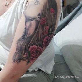 Tatuaż kobiecy