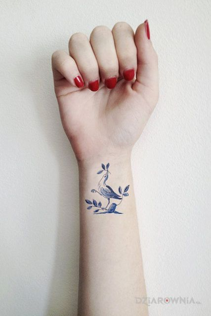 Tatuaż ptak na galazce - zwierzęta