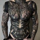 Zebaty demon