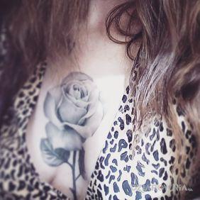 Tatuaże Na Piersiach Wzory I Galeria Dziarowniapl