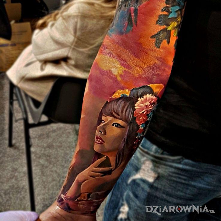 Tatuaż geisha - realistyczne