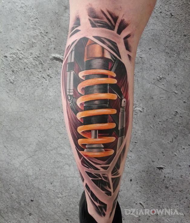 Tatuaż biomechanica - anatomiczne